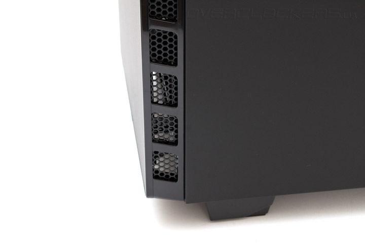 NZXT H440 – Designed by Razer