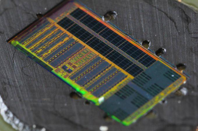 Процессор с оптическими элементами