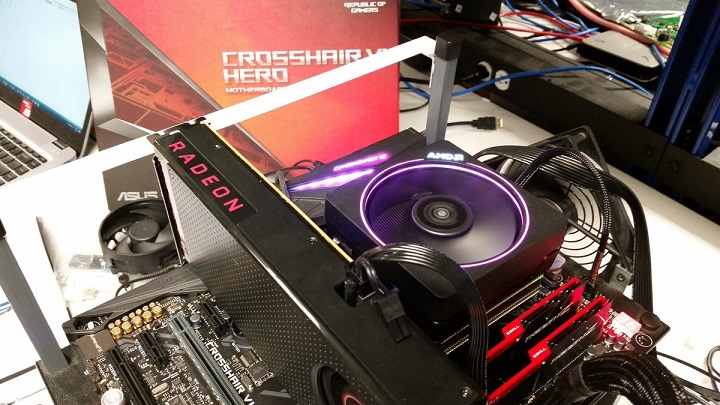AMD Ryzen 7-1800X разогнан до5,20 ГГц