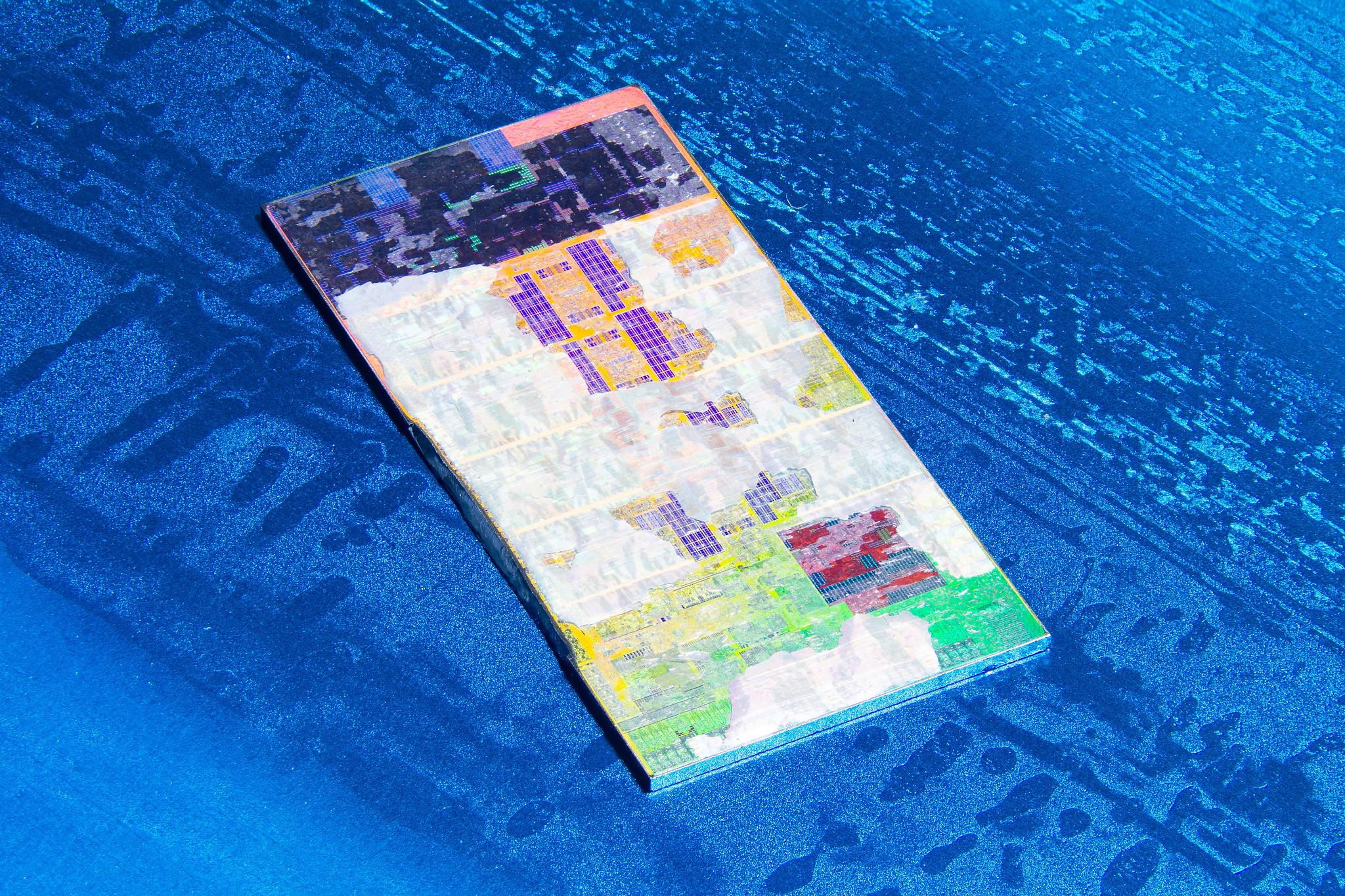 Изучаем внутреннюю структуру процессора Intel Core i5-11400