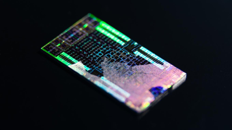 Свежие фото однокристальной системы AMD Oberon в составе PlayStation 5
