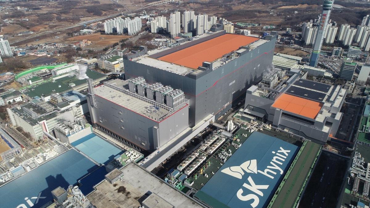 SK Hynix признаёт проблемы с выпуском памяти DRAM, но не ущерб на $1,7 млрд