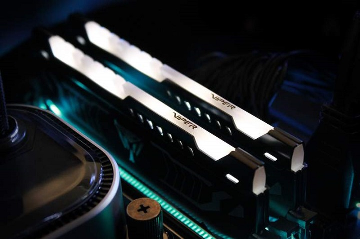 Patriot Viper LED DDR4