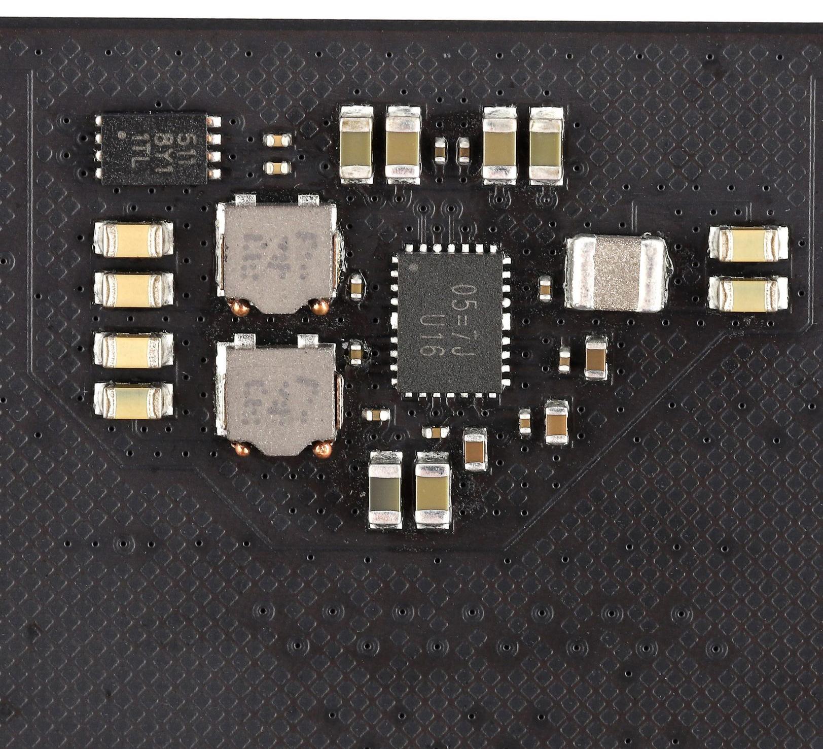 Первые модули DDR5 начали сходить с конвейеров китайских предприятий