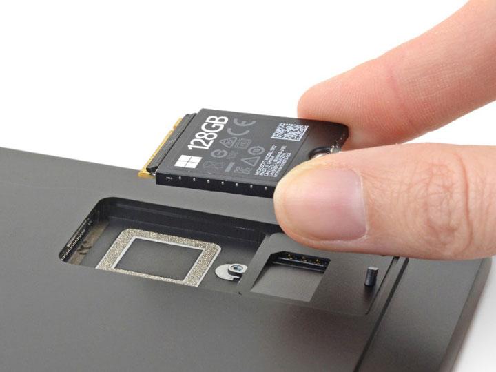 Microsoft Surface Pro X оказался ремонтопригоднее конкурентов