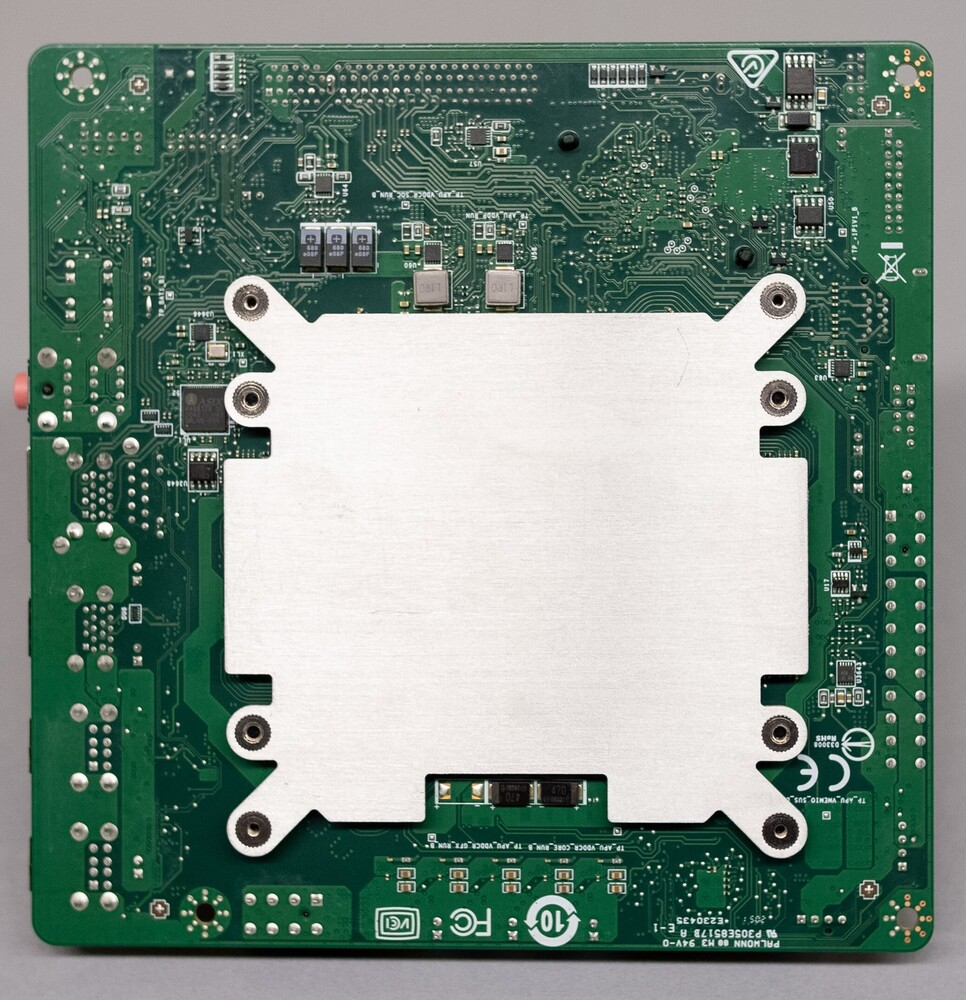 Изучаем матплату AMD 4700S Desktop Kit с процессором от Xbox Series X/S