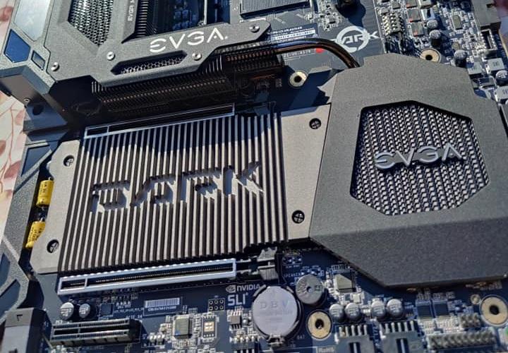 EVGA выпустила X570 Dark — свою первую матплату для процессоров AMD