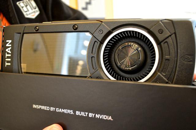 ���������� GeForce GTX Titan-X