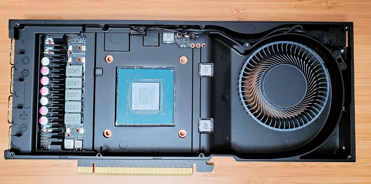 Первый взгляд на «внутренности» однослотовой видеокарты Nvidia RTX A4000
